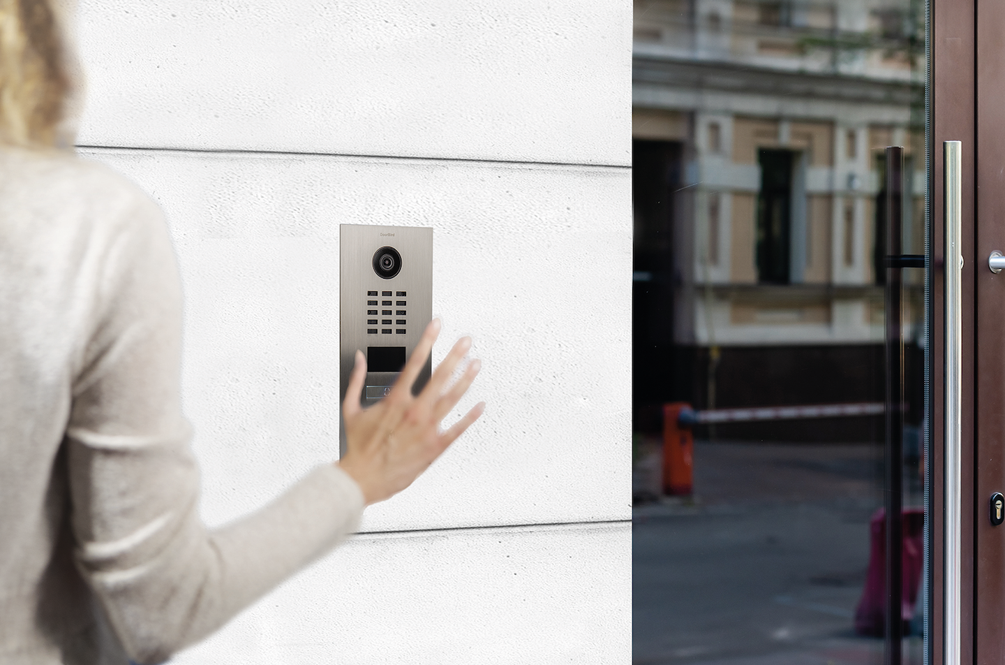 Doorbird has eliminated the pushbutton from this model of its video intercoms.